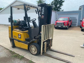 2000-1-yale-forklift-with-three-stage-mast-and-side-shifter.jpg