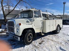 106-1-1979-ford-7000-service-truckjpg