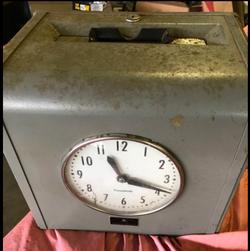 DD Vintage Time Clock