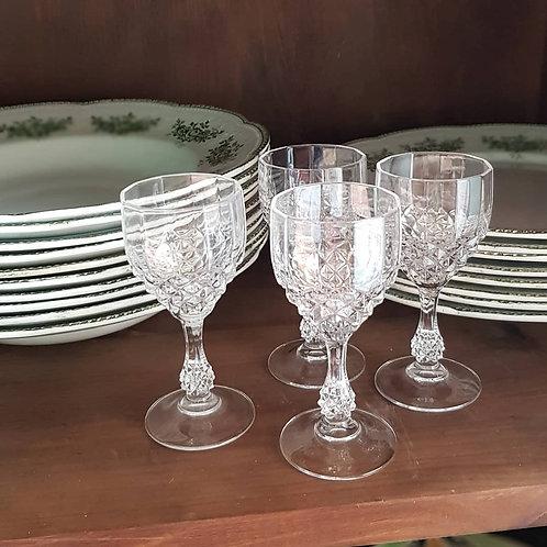 Verres à liqueur anciens en cristal