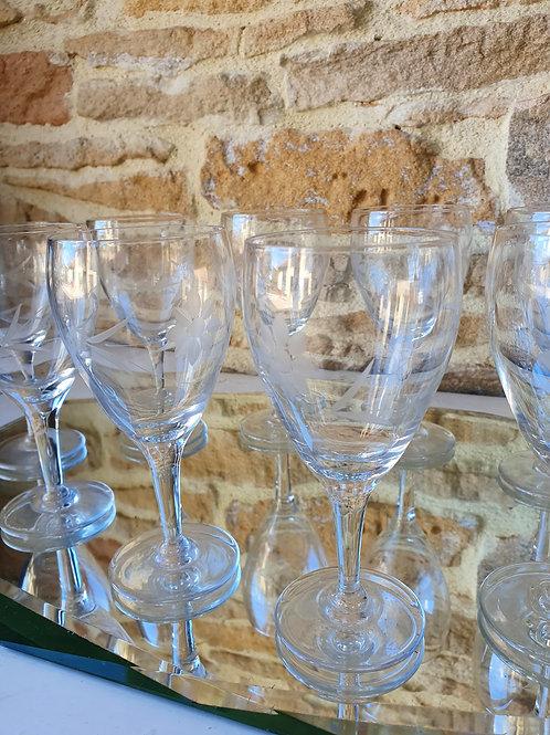 Verres à eau en cristal et ciselés