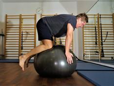 4-Füßler Gymnastik Ball.JPG