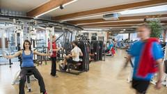 Fitnessbereich Therme Wien Oberlaa.jpg