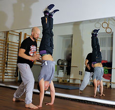 Handstand - Galo Fitness - Personaltrain