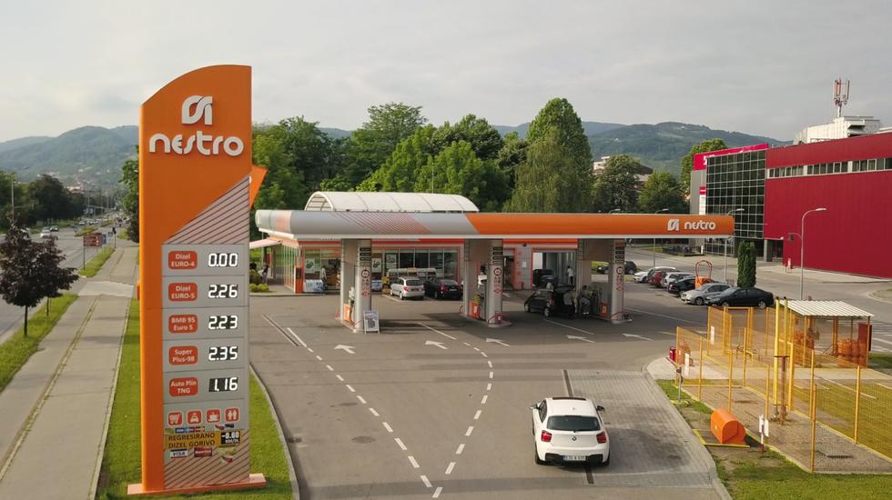 NESTRO, TVC (30sek)