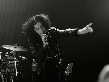 Pale Waves w/ The Candescents