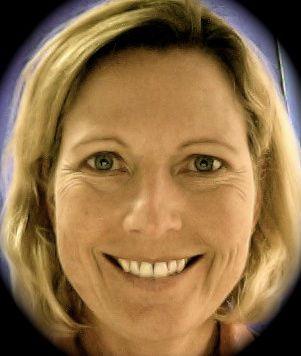Profile Photo of Lori.jpg