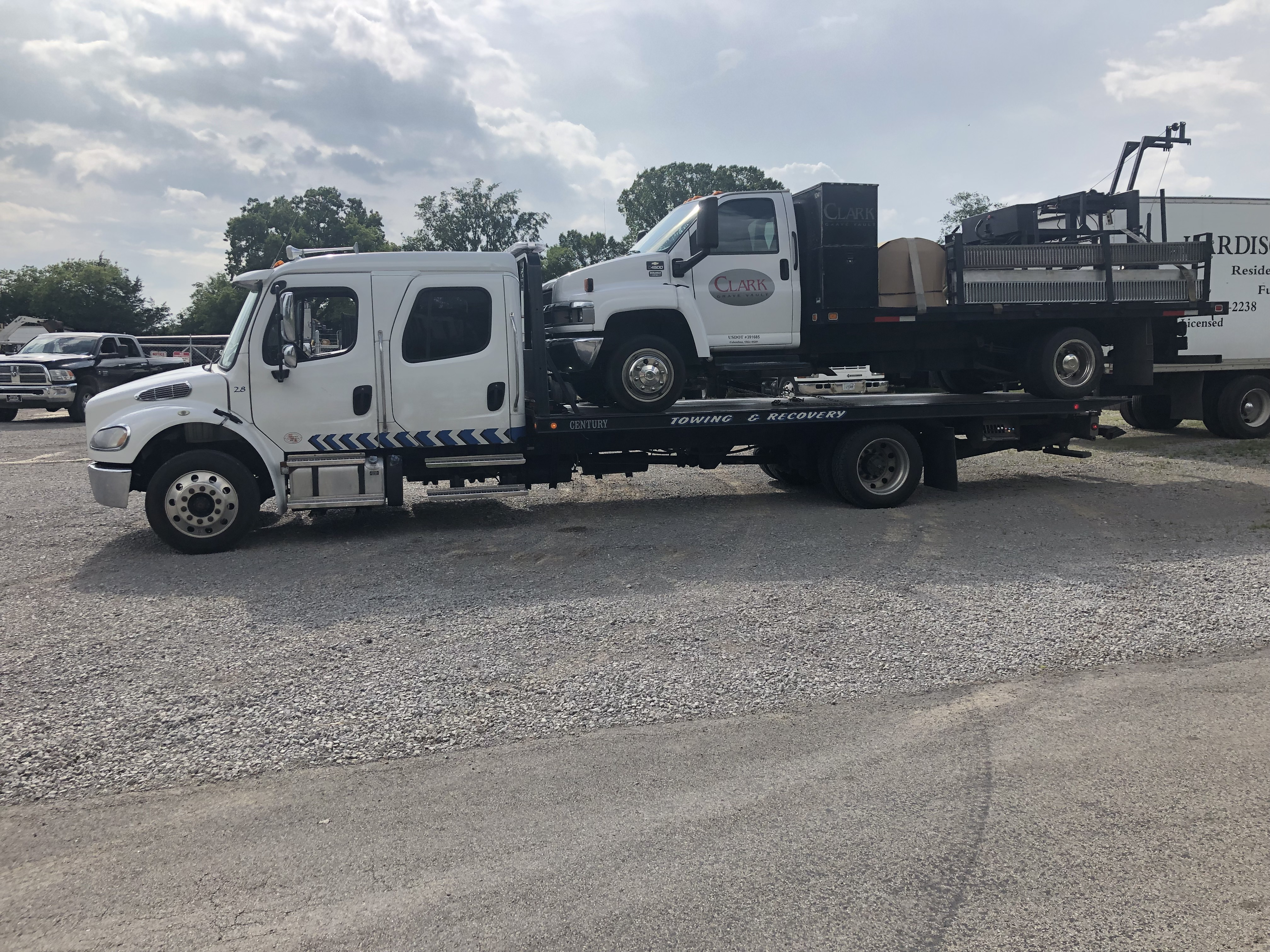 Heavy Truck Towing Service