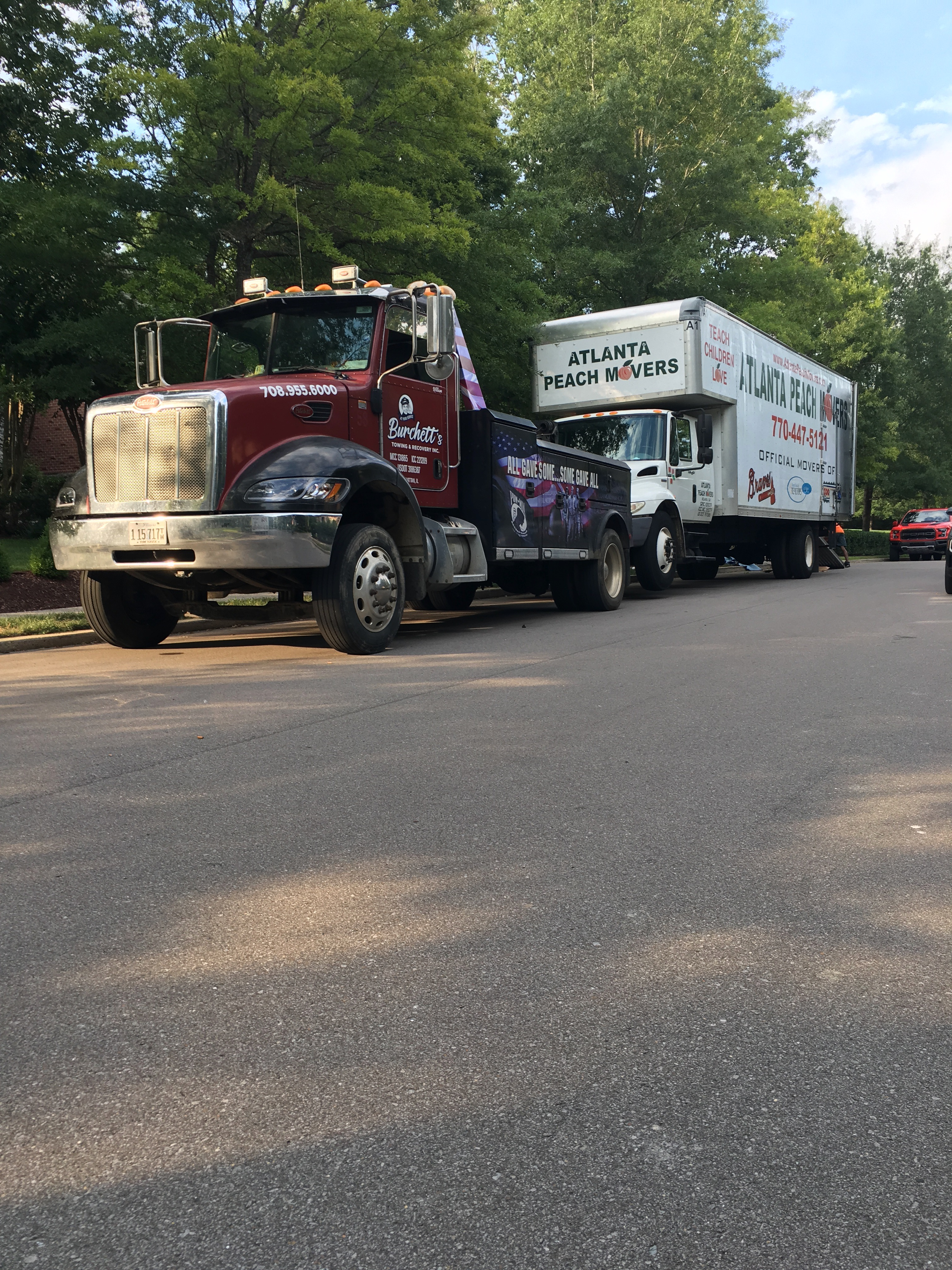 Commercial Truck Towing Service