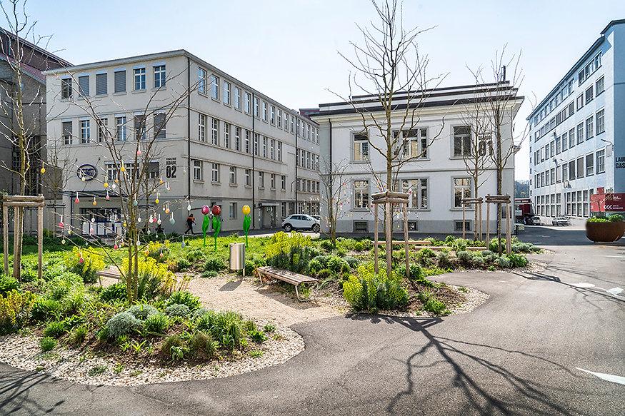 Franziska Brenn, Industrieplatz, Neuhausen am Rheinfall