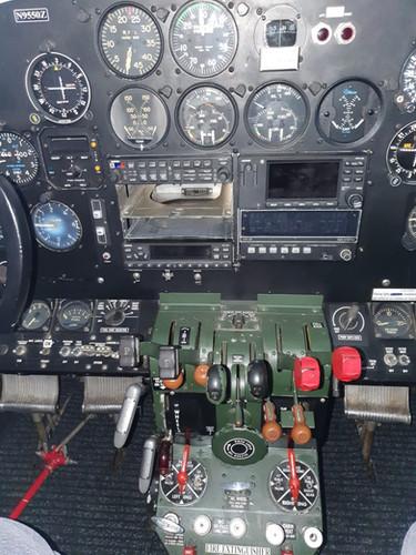 Central avionics stack N9550Z