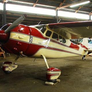 Cessna 195 N2134C