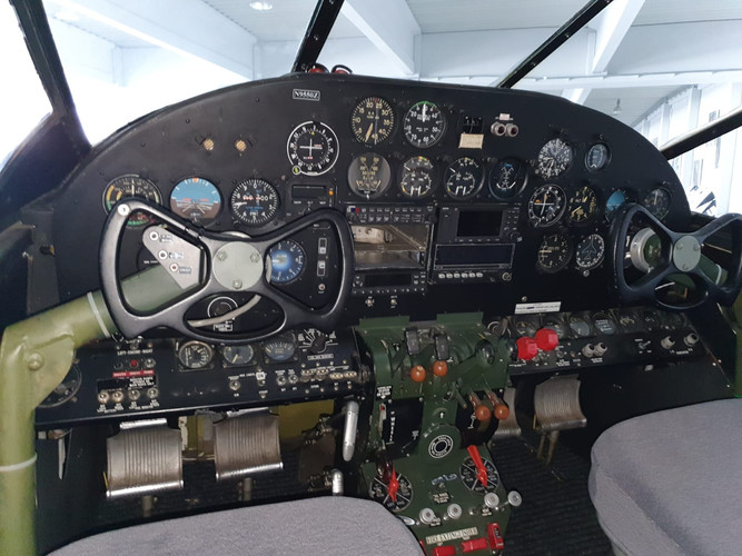 Instrument panel N9550Z