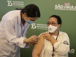 São Paulo amplia vacinação contra covid-19; veja quem entra na fila