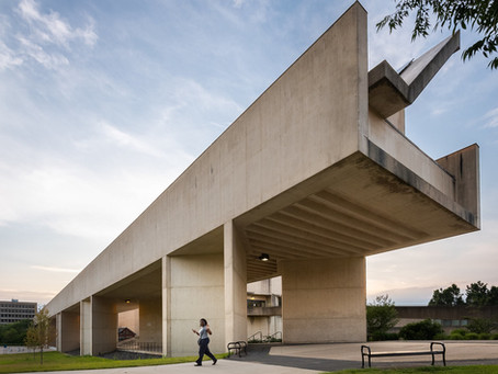 UMASS Amherst: The Reluctant Modernists