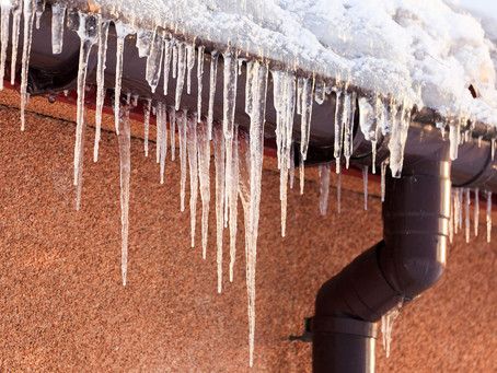 How Snow and Ice Impact Roofs
