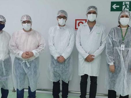 REPRESENTANTES DO INDI E DA PREFEITURA DE MONTES CLAROS VISITAM A FÁBRICA DA HIPOLABOR