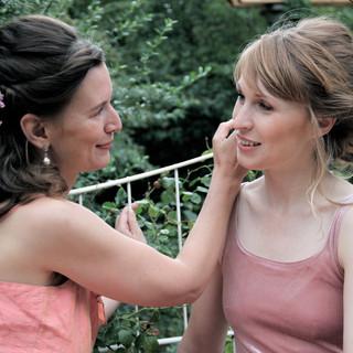 Gedrehte, romantische Hochzeits- Frisuren