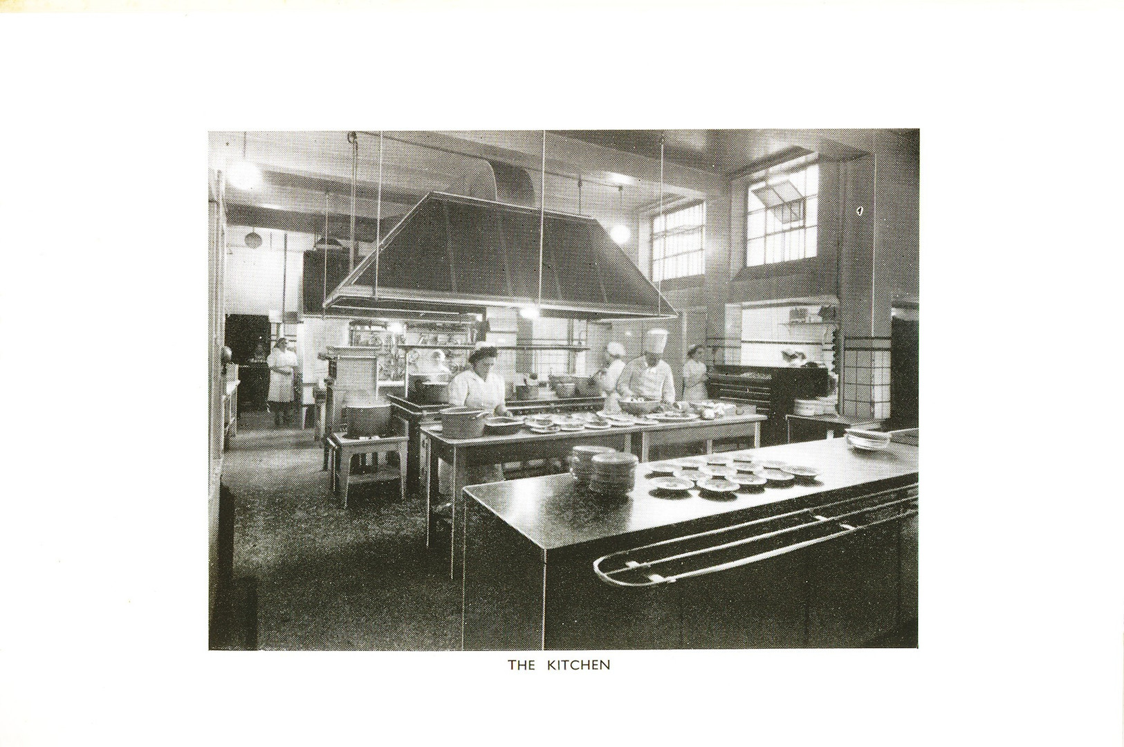 1953 Kitchen.jpg