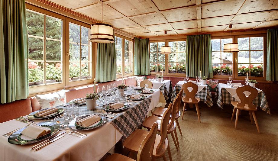 Ladinia Restaurant ambiente6.jpg
