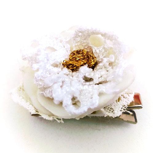Barrette Fleur blanche