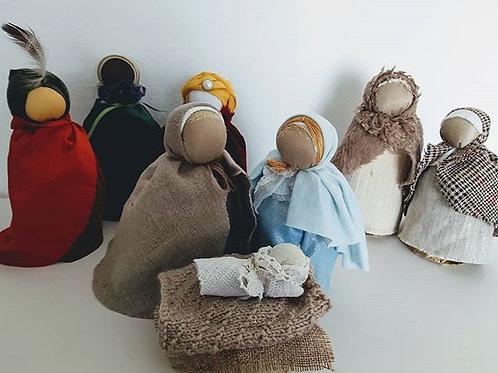 Santons de  Noël Lot des cinq poupées