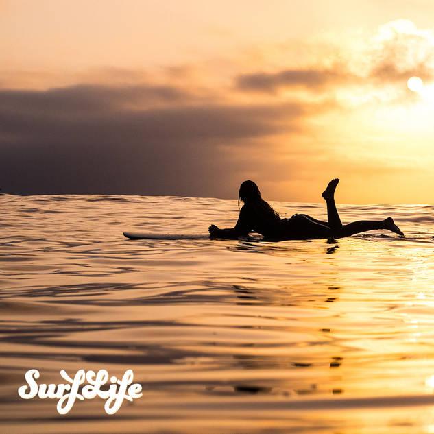 2019-03-16---Surfer-at-sunset.jpg