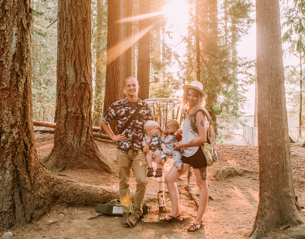 Disc Golf Adventure Family | Wedding Planner
