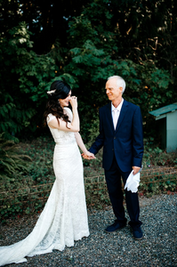 Father First Look | Twin Willow Gardens | Snohomish, WA | Wedding Coordinator