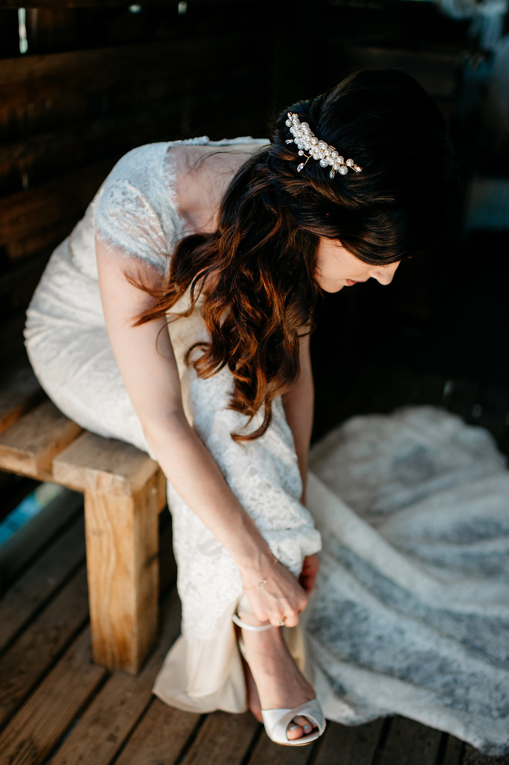 Meaningful Wedding Details | Bridal Hair Piece | Snohomish, WA Wedding Coordinator