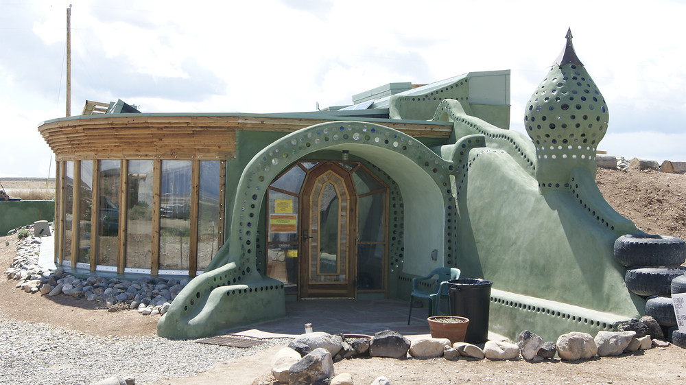 Earthship Visitor Center - Image from eartshipbiotecture.com