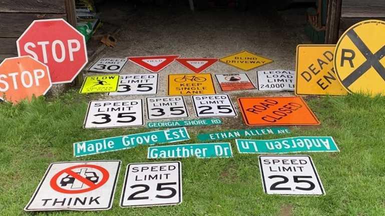 street-signs-1561477014.jpg