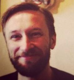 Troy vanderpluymfoto.jpg
