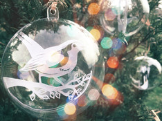 'Robin papercut christmas bauble'