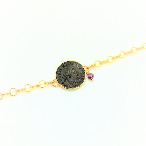 """Bracelet serti d'une pièce de monnaie Romaine """"breloque rubis brut"""""""
