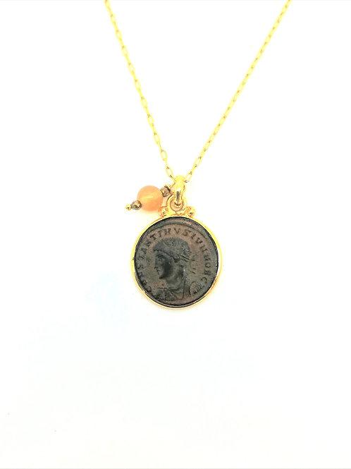 collier pendentif pièce de monnaie Romaine et opale