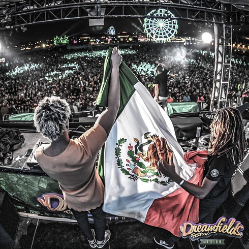 Afro Bros attract masses of fans to their Latin America Tour.