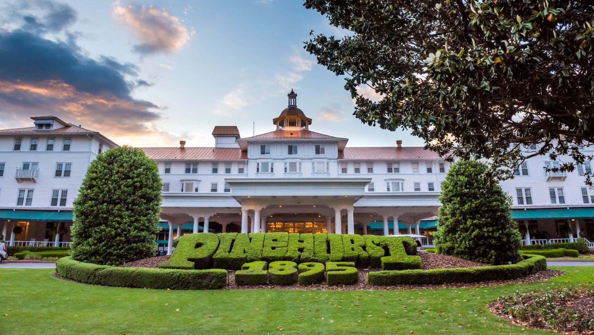 Carolina Inn at Pinehurst Resort Exterio