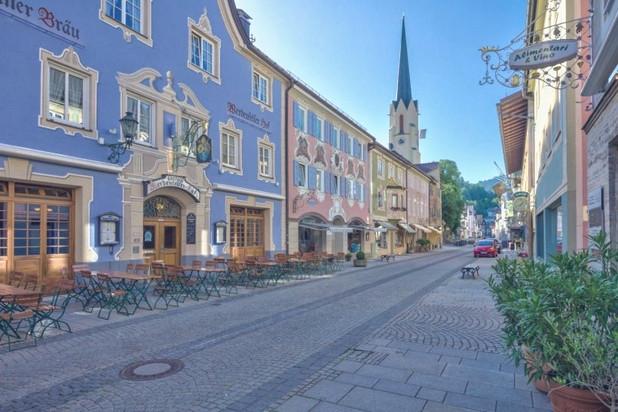 Partenkirchen%20Old%20Town_edited.jpg