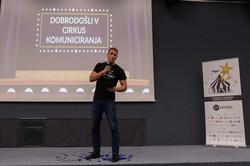 Andrei Lenart PR teater