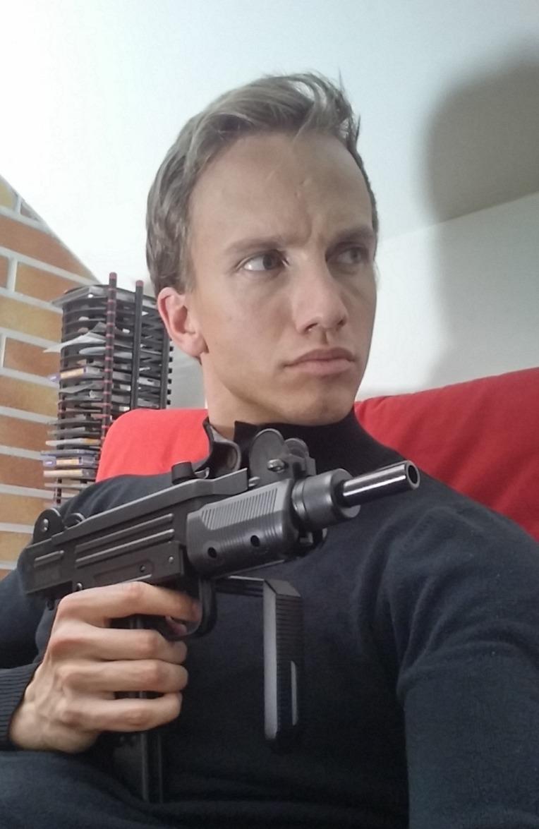 Andrei Lenart Kartoteka