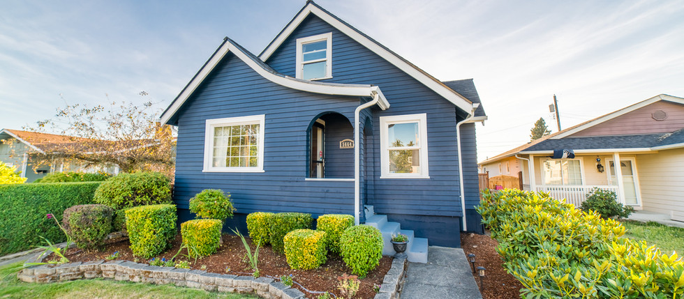 Super Cute South Tacoma Tudor with 3beds, 1bath and No Shortage of Charm!