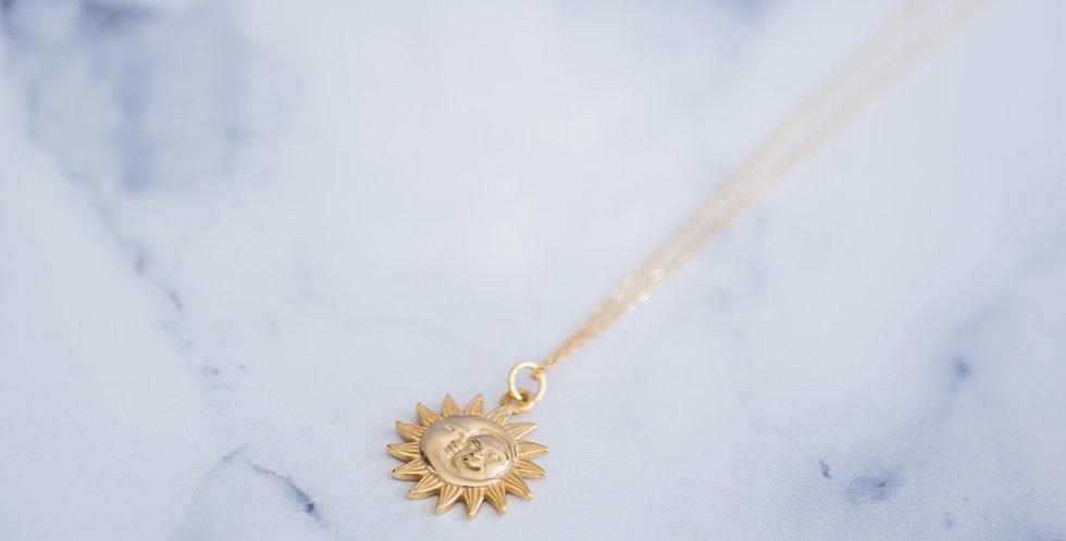 Sun & Moon Necklace Gold