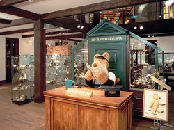 teddy-bear-museum_01