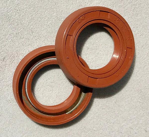 RCMAX replacement crankcase seal