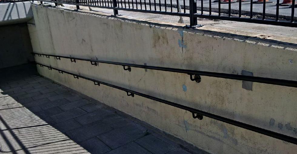 KITE Projects - Fareham Station - KITE Powdercoated Handrail