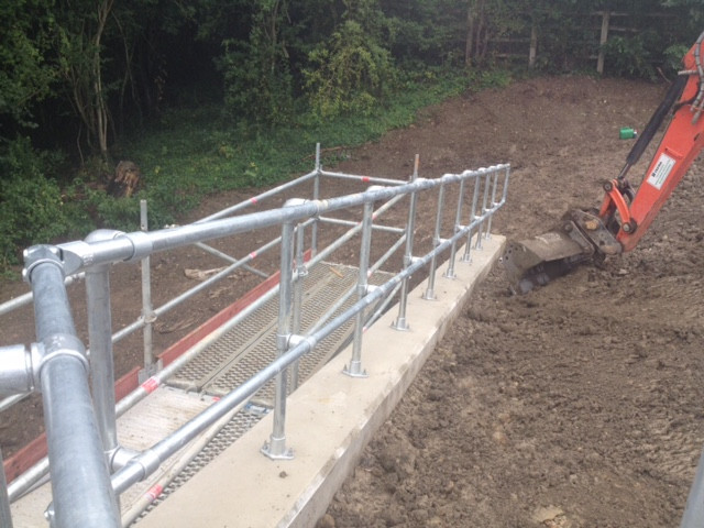 KITE Projects - A21 - KITE Clamp Handrai
