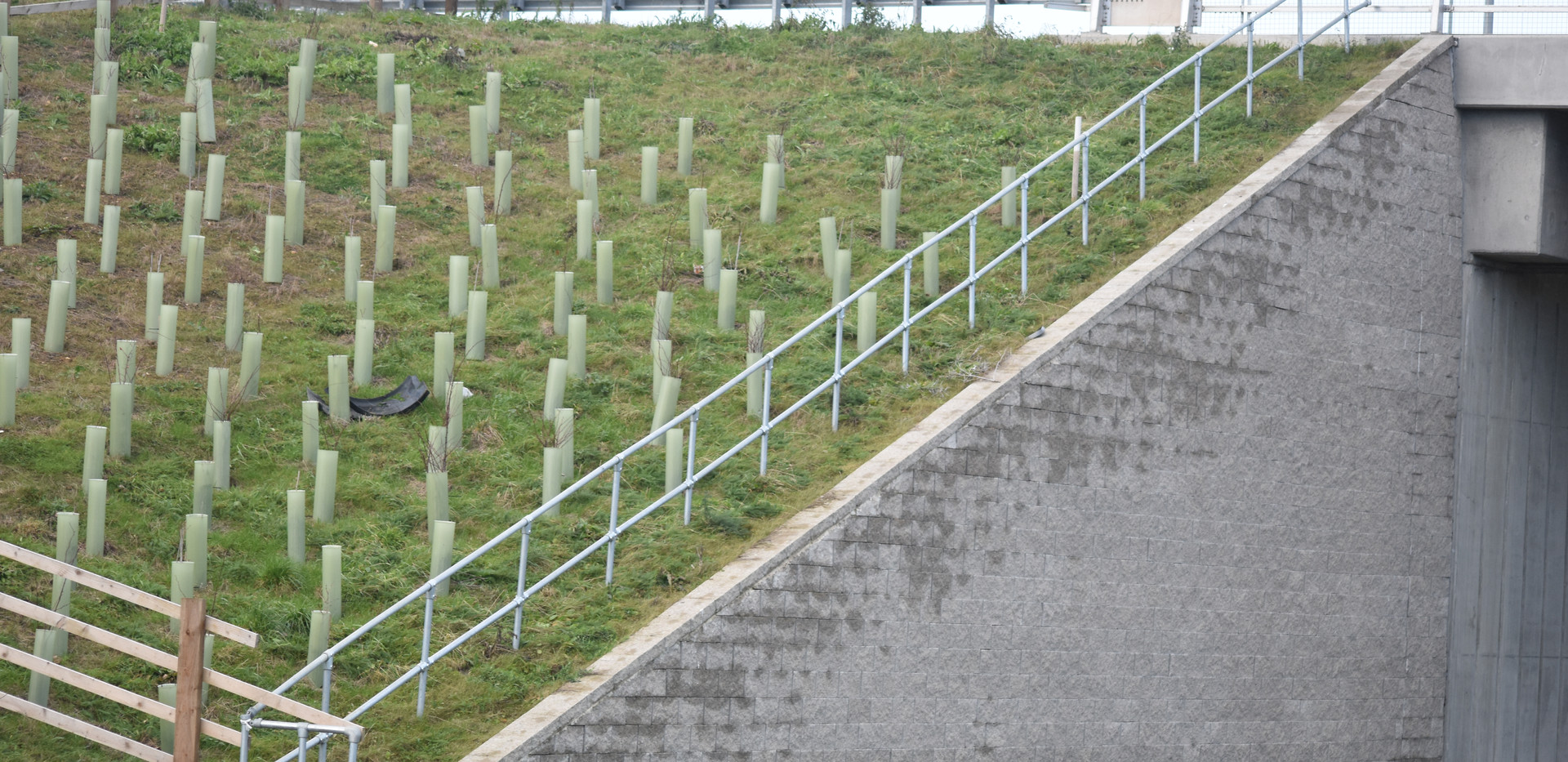 KITE Projects - M1 J23 - KITE Clamp Handrailing