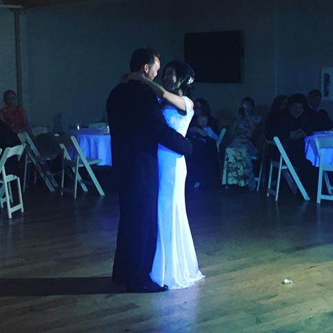 #beautifulcuple #weddingdress #firstdanc