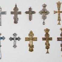 Pectoral Crosses -- LG91M
